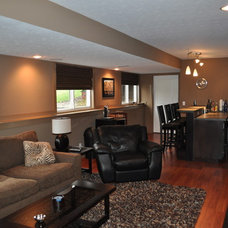 Traditional Basement by JMP Construction & Property Services