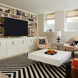 Ejemplo de sótano con ventanas clásico renovado, de tamaño medio, sin chimenea, con paredes blancas, suelo de baldosas de porcelana y suelo beige