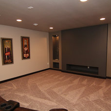 Traditional Basement by Thomsen Homes