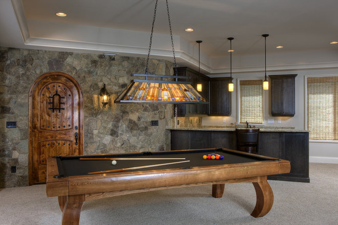 Traditional Basement by Grainda Builders, Inc.