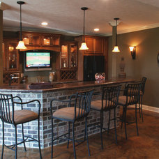 Traditional Basement by G&G Custom Homes, Inc