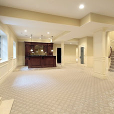 Traditional Basement by ICONIC RENOS 905 782-5489