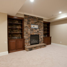 Traditional Basement by Eddy Homes