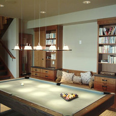 Contemporary Basement by H2K design Inc.
