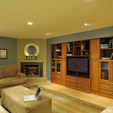 Traditional Basement by Heidesigns