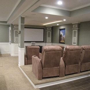Cette image montre un sous-sol avec salle de cinéma.
