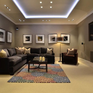 Design ideas for a medium sized modern fully buried basement in London.