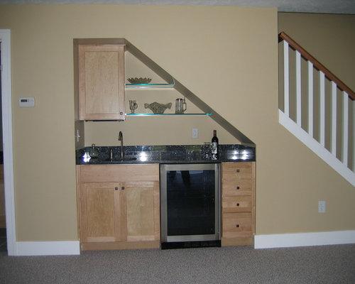 Basement   Small Craftsman Basement Idea In Grand Rapids