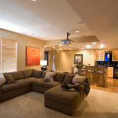 contemporary basement by Michael Lee, Inc