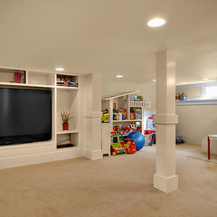 traditional basement by Logan's Hammer Building & Renovation