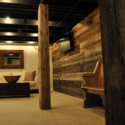 298 Ceiling Rustic Basement Design Photos
