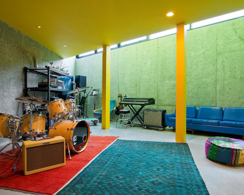 Jam room houzz for Band bedroom ideas
