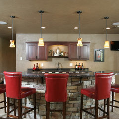 traditional basement by Richards Construction, Inc.