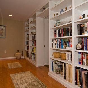 Basement - traditional basement idea in St Louis