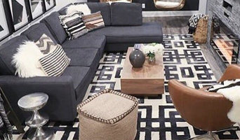 Patterned Black and White Wool Rug in Basement Family Room