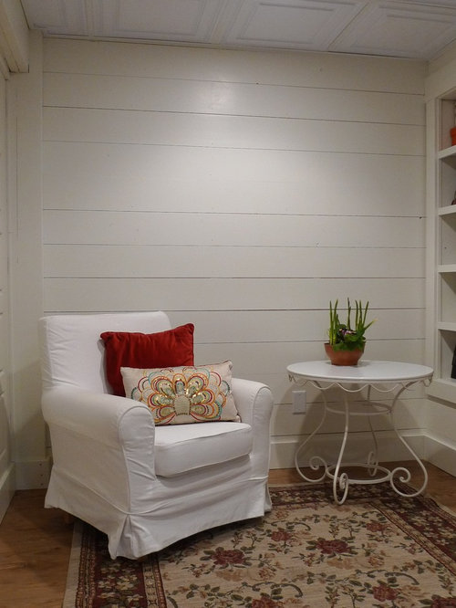 Small farmhouse basement design ideas pictures remodel for Farmhouse basement