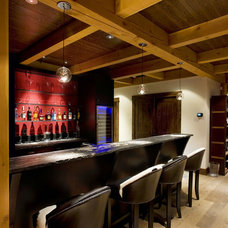 Contemporary Basement by Harvest House Craftsmen