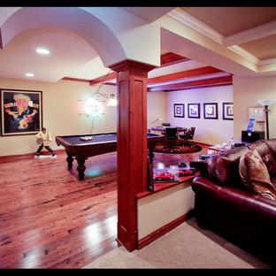 Cette image montre un sous-sol traditionnel avec un sol rose.