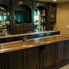 Traditional Basement by Acworth Cabinet, Inc