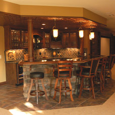 Traditional Basement by Toebben Builders