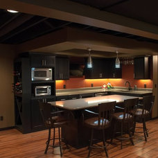 Traditional Basement by DEICHMAN CONSTRUCTION