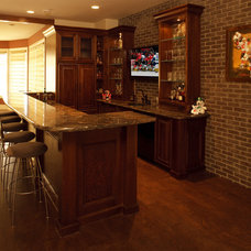 Traditional Basement by Maillot Homes
