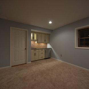 Cette photo montre un sous-sol chic.
