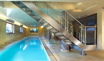 Оборудование бассейна. Лестница из нержавеющей стали. Индивидуальные размеры.