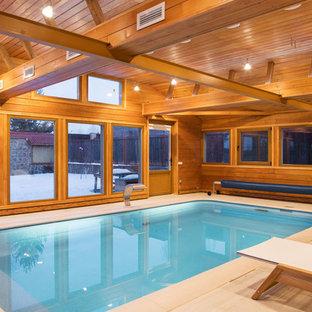 Exemple d'une piscine tendance.