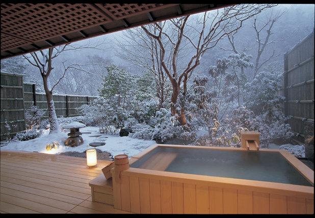 Kleine fluchten 31 verschneite winter wonderlands weltweit for Badezimmer japanisch