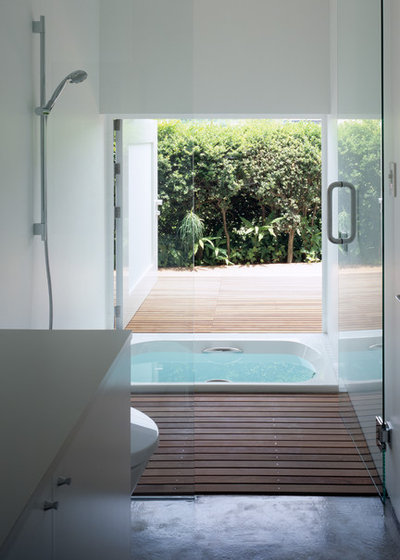 モダン 浴室 by 栗原隆建築設計事務所
