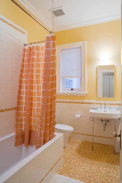 traditional bathroom by Linda Jaquez Architectural Photography
