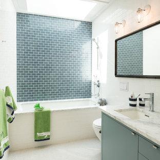 10th Street - Bathroom