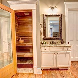 Aménagement d'un sauna classique.