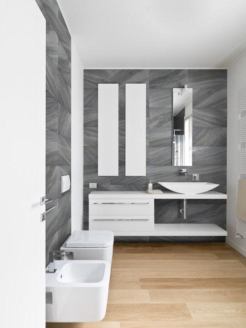 Modern 5x10 Bathroom Design Ideas Remodels Photos With Light Hardwood Floors