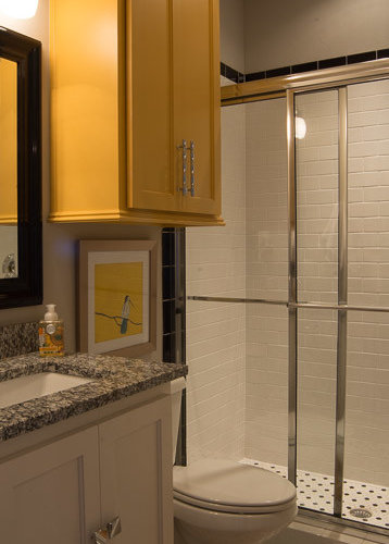 Arts And Crafts Bathroom Design Ideas Renovations Photos With Yellow Cabinets