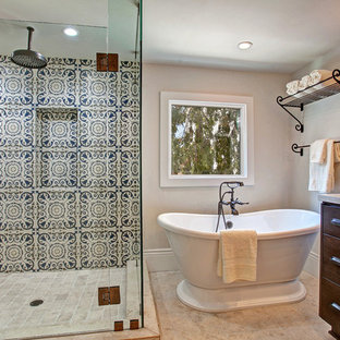 Example of a classic freestanding bathtub design in San Diego