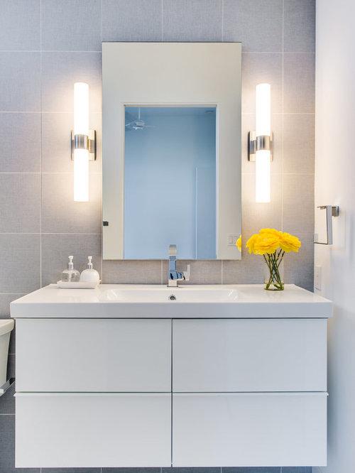 salle de bain petit budget avec une baignoire encastr e photos et id es d co de salles de bain. Black Bedroom Furniture Sets. Home Design Ideas