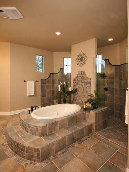 Garden tub houzz for How to decorate a garden tub bathroom