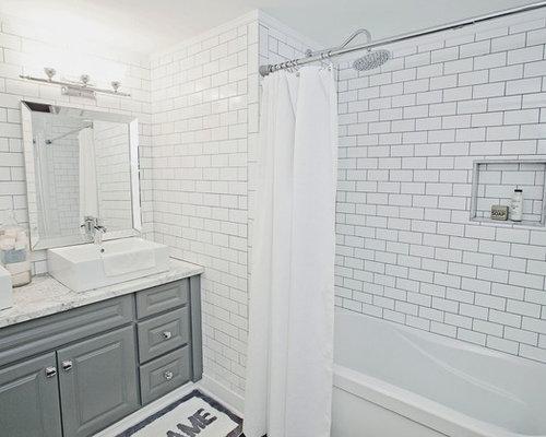 Industrial badezimmer mit laminat waschtisch ideen design bilder houzz - Laminat badezimmer ...