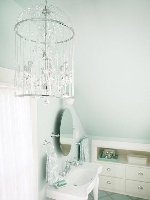 Shabby chic style bathroom design ideas renovations photos for Shabby chic bathroom accessories uk