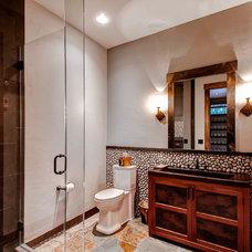 Rustic Bathroom by Pinnacle Mountain Homes