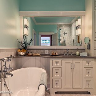 1900's Cottage Bath - 80's Redo Redone in Historic Franklin, TN