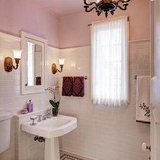 Traditional Bathroom by Leslie Dohr Interior Design LLC