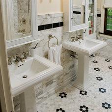 Traditional Bathroom by Jenna Wedemeyer Design, INC.