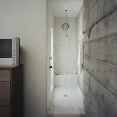 Modern Bathroom by Nilus Designs