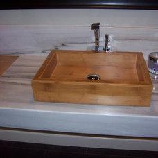 Modern Bathroom by Casafina Interiors