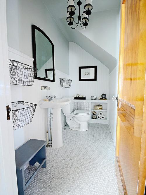 Bathroom photo in Philadelphia