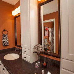 traditional bathroom by DECORATING DEN INTERIORS ValleyDesignTeam, NE Ohio