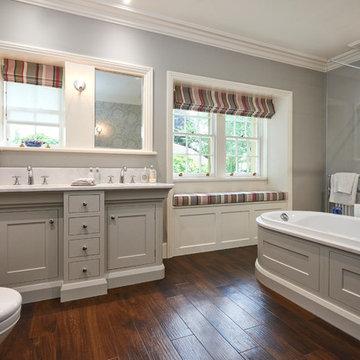 2018 Award Winning bathroom design by our designer Glyn Davis